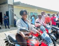 Le Ministre de l'Intérieur et des Collectivités Territoriales poursuit la distribution des matériels roulants aux CASECs dans le Nord et le Nord'Est