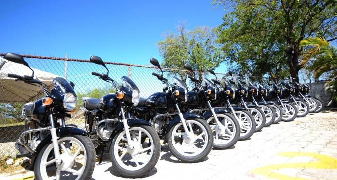 Les CASECs de l'Ouest ont reçu leurs motocyclettes du Ministère de l'Intérieur et des Collectivités Territoriales