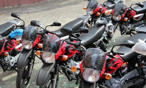 Le MICT a remis plusieurs dizaines de matériels roulants aux CASEC des 13 communes du département de la Grand'Anse